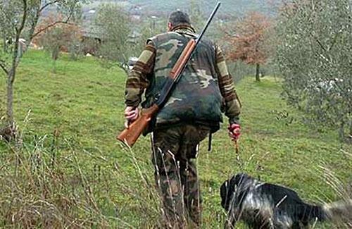 violenza privata disturbo alla caccia cacciatori vegani