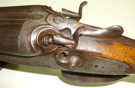vecchio fucile caccia sparare