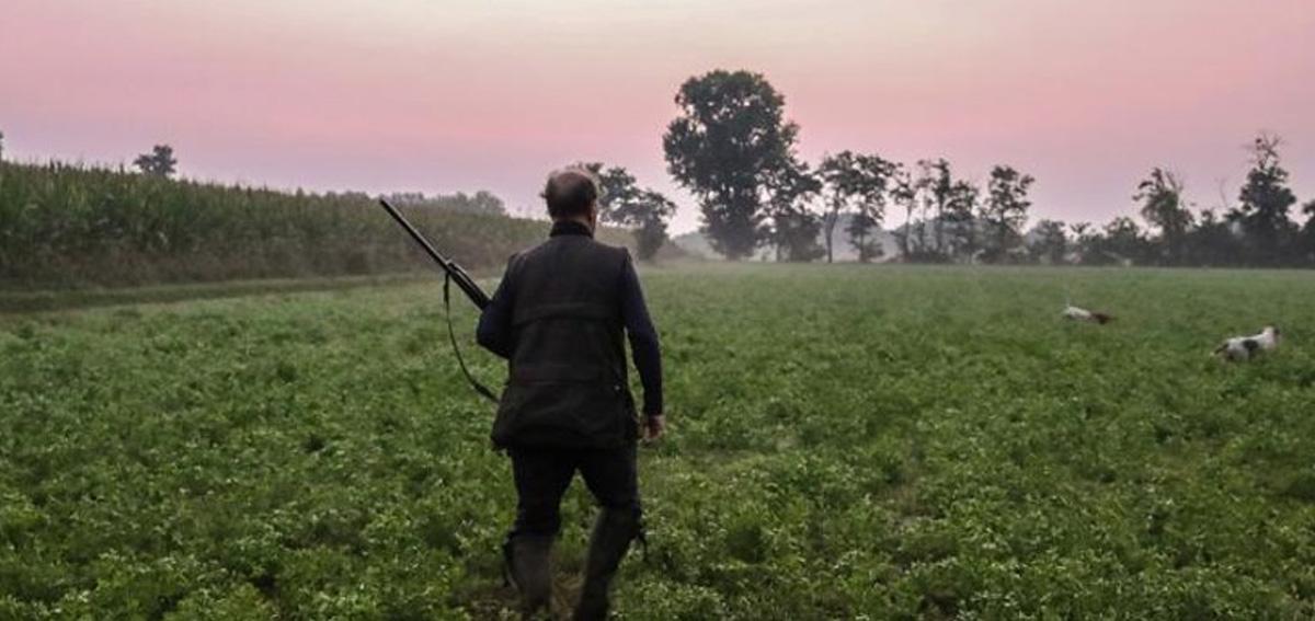 cacciatori licenza di caccia porto d'armi